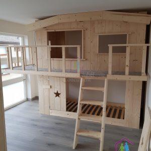 Boomhut bed XXL | Bedhuisje| Steigerhout |