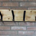 Kapstok – 60cm – Wandkapstok – Steigerhout – 4 hand gesmede dubbele ophang haken – hout – industrieel – vintage – robuust – landelijk – Staal – handgemaakt – handgesmede haken – muurkapstok – Hout/Metaal