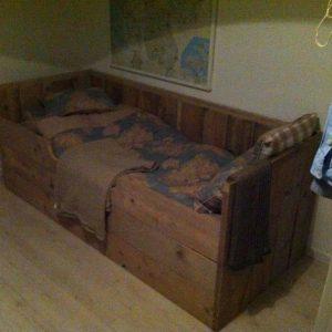 Kinderbed kajuit bed Paola van Gebruikt steigerhout eenpersoonsbed met 2 lade 90x200cm