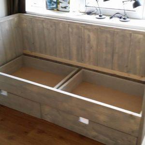 Kinderbed kajuit bed Paola van Grijs geschuurd steigerhout eenpersoonsbed met 2 lade 90x200cm