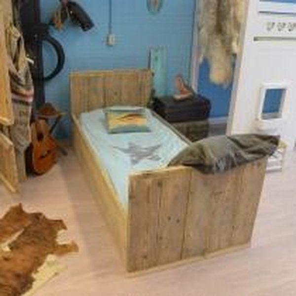 Sanderswoodworks Houten bed Steigerhout - 206Lx96Dcm