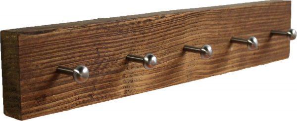 Wimpy Designs   Kapstok in gebruikt steigerhout met 5 knoppen