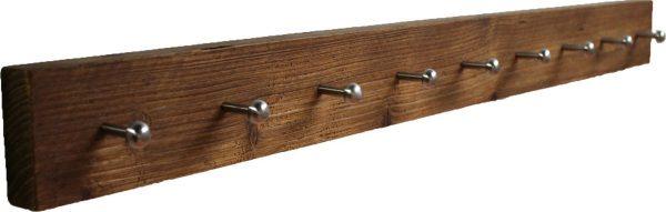 Wimpy Designs   Kapstok van gebruikt steigerhout met 9 knoppen
