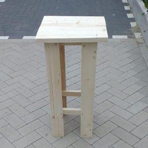 2 stuks barkruk Easy van Nieuw steigerhout, voor bij een bar tafel / sta tafel