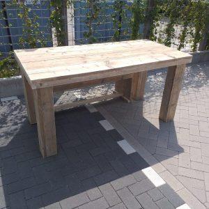 """Tafel """"Blokpoot"""" van Gebruikt steigerhout 76x140cm 4 persoons tafel"""