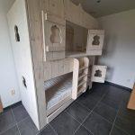 Bedhuisje Aladdin   Bedhuisje   Boomhut bed   Steigerhout   Whitewash