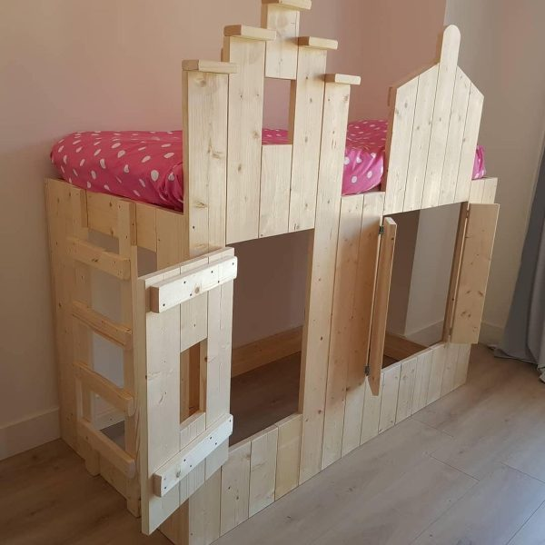Bedhuisje Pakhuis bed | Boomhutbed | Steigerhouten Kinderbed |